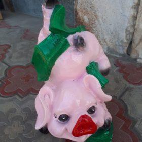 Свинка с долларами